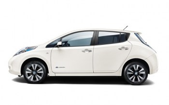 NISSAN-LEAF-SIDE-VIEW192